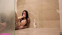 BIG TIT BIG Thick ASS Tattooed Amateur TEEN Milf Laughing and Farting Fetish Behind the Scenes In Shower - Melody Radford