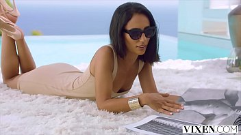 VIXEN Gorgeous model knows what she wants & takes control