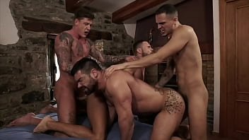 GANG BANG p. TRAINER