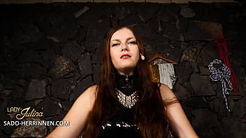 Werde Latexsklave und Straponlutscher von Lady Julina