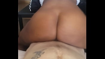 BIG BOOTY EBONY BOUNCING ON WHITE DICK