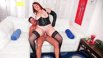AMATEUR EURO - #Kiara Rizzi #Pierre DJ - BBW Italian Lady Tries Anal With Her Man On Cam