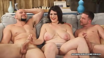 the wife with big natural tits makes a threesome 5 min