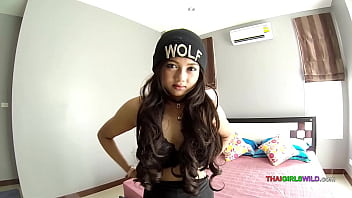 Thai teen loves being fucked without a condom