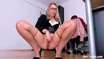 Squirting Orgasms Behind Hr Lady In Office