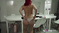 Redhead MILF at her FIRST DOUBLE PENETRATION. Tania didn'e expect so much pleasure!
