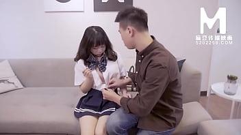 【国产】麻豆传媒作品/MD-0013 处女高中生 001/免费观看