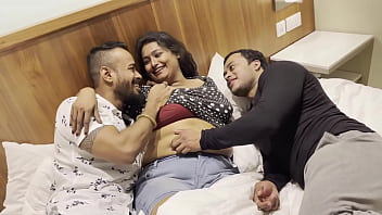 Awesome Threesome 14 min