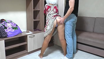I fuck my old mom in her big ass and insert a dick into her anal. Amateur homemade video of a MILF and a son
