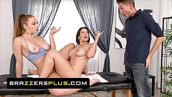 (LaSirena69) Takes Her Bf's AJ Massage Slot Looking For Some Lesbian Action With (Skylar Snow) - Brazzers