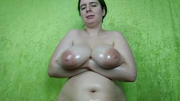 Huge oiled boobs play