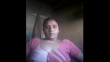 Indian aunty selfie