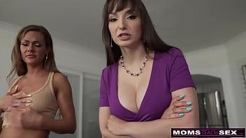 Moms Teach Sex - Step Moms BFF