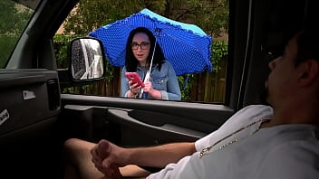 BANGBROS - Southern PAWG Named Scarlett Goes For Wild Ride On The Bang Bus 8 min
