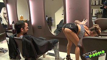 TIAS CON ROLLAZO. Corte de pelo con final feliz