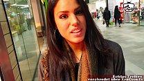 Deutsche Amateur Latina Teen im Shoppingcenter abgeschleppt und POV gefickt mit viel sperma