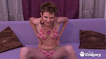 Emaciated MILF Barra Key Gives Her Pussy A Good Hard Banging