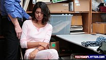 Natural babe Kat Arina fucks her way free by complying to security guard