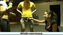 Sex for money - nice body chick 18
