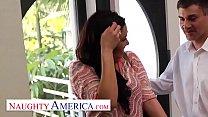 Naughty America London Keyes visits her sugardaddy for his pleasure