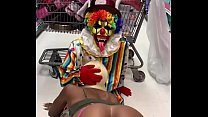 Clown gets dick sucked in party city