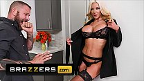Unsatisfied (Nicolette Shea) Gets Herself A Another Dick To Suck - Brazzers