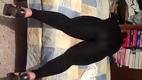 Ingrid en mayones negros