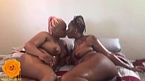 Best Friends Lia'Pink & Aveia Browne Oily Wet Steamy Smokin' Hot Lesbian Link Up