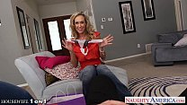 Hottie housewife Brandi Love slurp cock in POV style