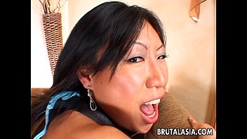 Enchanting Asian babe gets her pussy boned hard