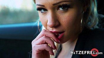 HITZEFREI Wild first date with hot blonde Gabi Gold