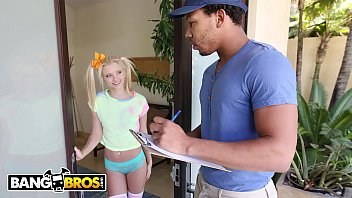 BANGBROS - Tiny Blonde Riley Star Almost Gets Split In Half By Ricky Johnson
