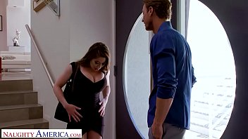 Naughty America - Sarah Williams (Bianca Burke) always picks the wrong man
