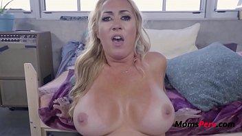 Old Blonde MOM rides SON- Janna Hicks