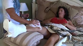 Margo Sullivan - Mom breaks her foot